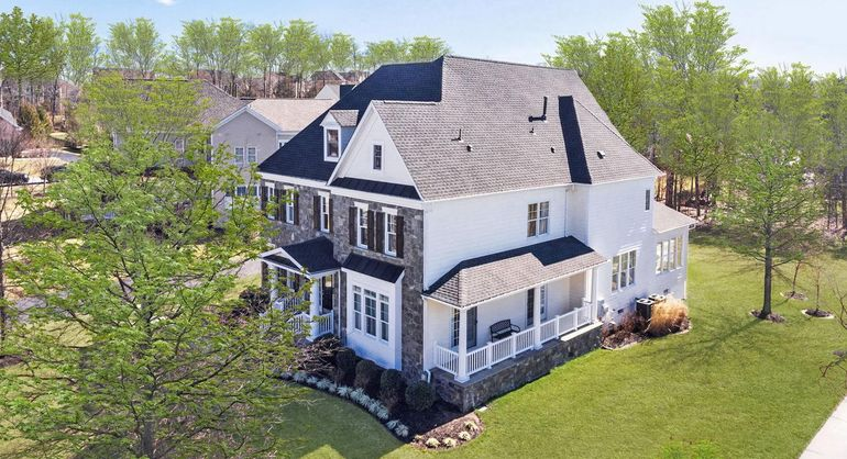 42667 Trappe Rock Ct