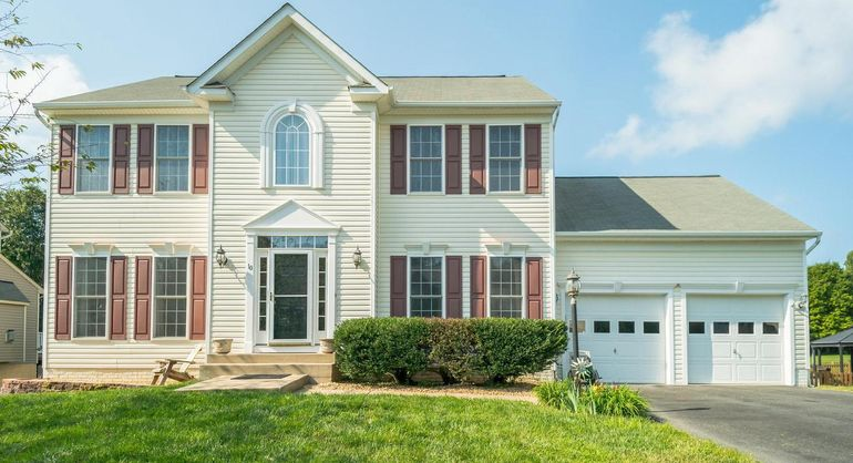 10 Country Manor Dr