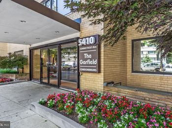 5410 Connecticut Ave Nw #516