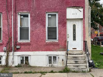2346 W Montgomery Ave