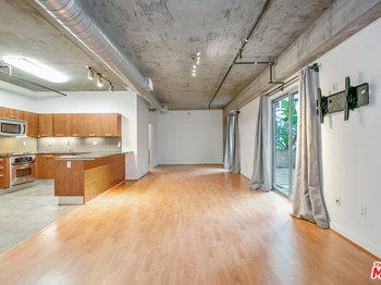 645 W 9th Street Unit: 233