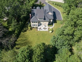 26 Scenery Hill Dr