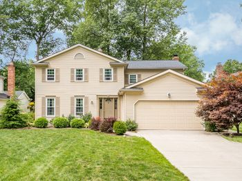3954 Deepwoods Way, North Olmsted, OH 44070