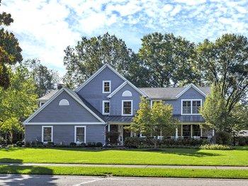 30109 Applewood Drive Bay Village, OH 44140