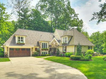 7305 River Road Olmsted Falls, OH 44138
