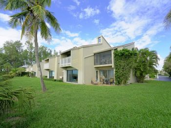 5275 Gulf Of Mexico DRIVE Unit: #201
