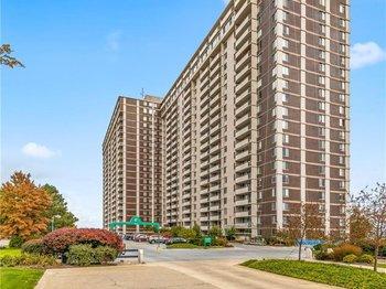 12900 Lake Avenue 422