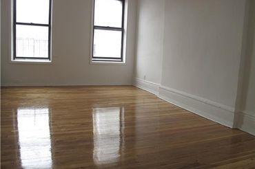 Huge Best Value UWS Alcove Studio!