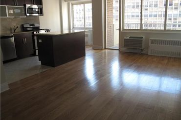 Massive Sunny 1 bdrm w/Terrace on UWS, Full-Service Bldg.