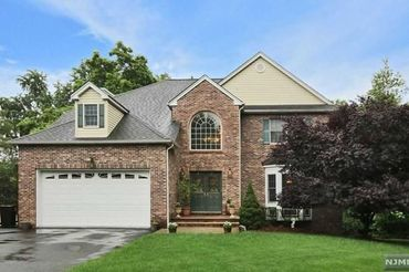 2 Murphy Court Totowa, NJ 07512