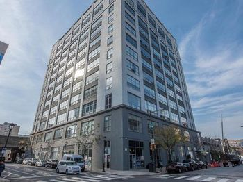 2200 Arch St #914