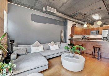 645 W 9th Street Unit: 425