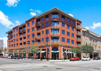 125 N Raymond Avenue Unit: 412