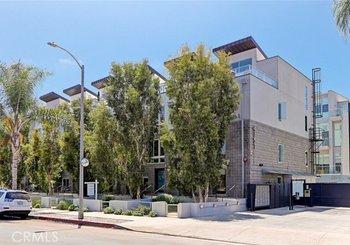 4151 Redwood Avenue Unit: 413