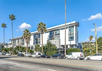 4111 W Sunset Boulevard Unit: 221