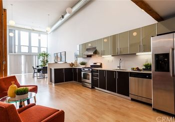 4215 Glencoe Avenue Unit: 414 (PentHouse)