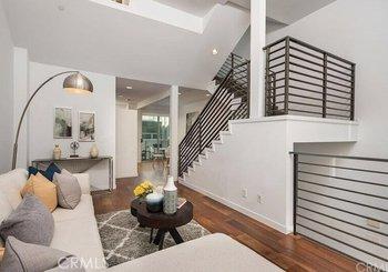 4151 Redwood Avenue Unit: 307