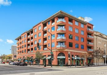 125 N Raymond Avenue Unit: 410