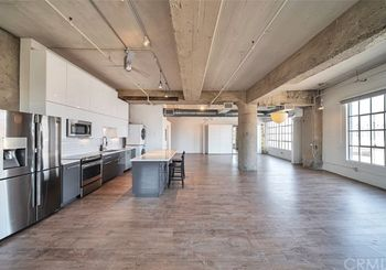 1855 Industrial Street Unit: 419