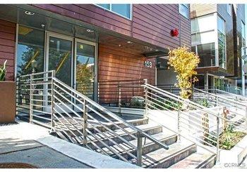 153 S Hudson Avenue Unit: 401