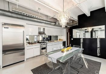 6253 Hollywood Boulevard Unit: 901