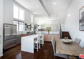 4151 Redwood Avenue Unit: 401