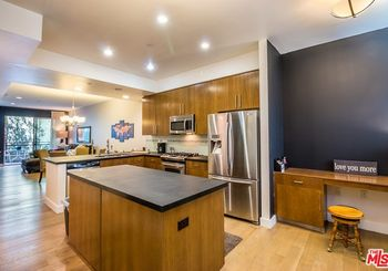 6001 Carlton Way Unit: 206
