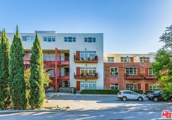 1010 Sycamore Avenue Unit: 218
