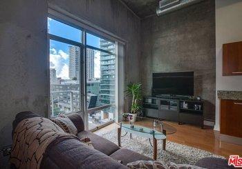 645 W 9th Street Unit: 701