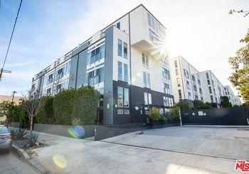 4215 Glencoe Avenue Unit: 301