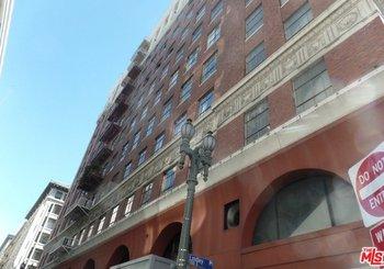 312 W 5th Street Unit: 824