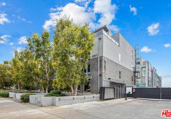 4151 Redwood Avenue Unit: 101