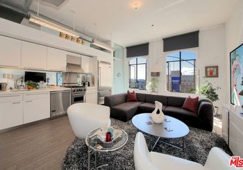 6253 Hollywood Boulevard Unit: 1105