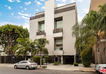 7062 Hawthorn Avenue Unit: 201