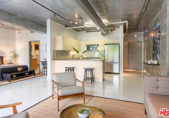 645 W 9th Street Unit: 211