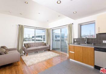 1700 Sawtelle Unit: 321