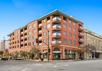 125 N Raymond Avenue Unit: 305