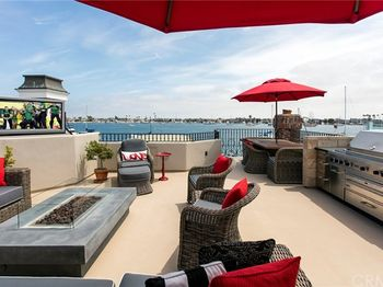 808 South Bay Front
