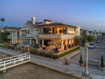 1001 Bay Front