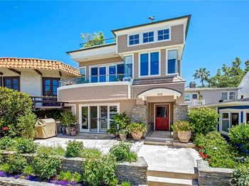 109 Bay Front