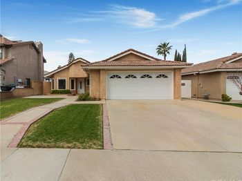 8475 Foothill