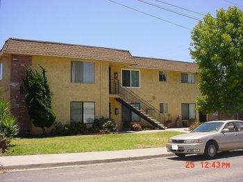 1187 Donax Ave
