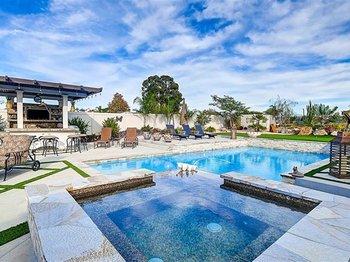 5706 Rancho Del Caballo