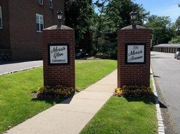 390 Morris Ave