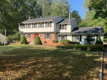 55 TOWNSEND DR