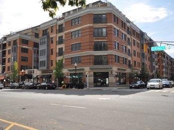 40 W Park Place Unit 211