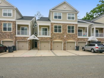 506 Waterview Ct