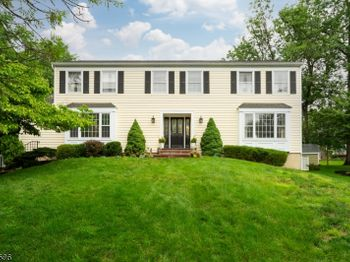 25 Valley View Dr