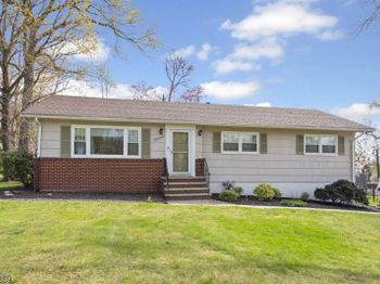 15 Pleasant Valley Rd