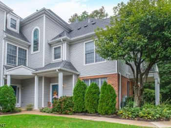 31 Twombly Ct